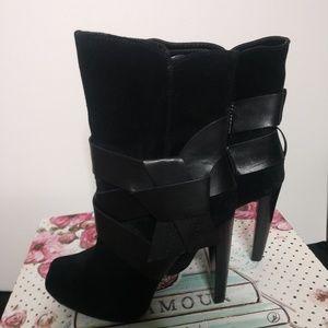 Jessica Simpson Jonas Ankle Boots Size 8 Black